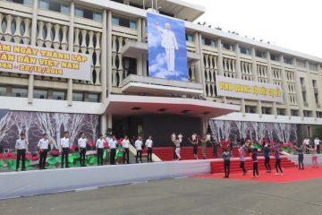 Ce palais est un haut lieu de la guerre du vietnam sur le blog http://yoytourdumonde.fr