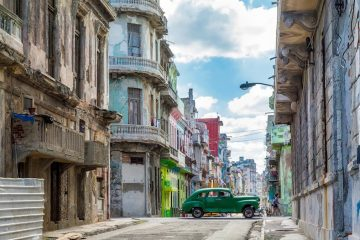 La Havane. Photo David Mark de Pixabay photo blog voyage tour du monde cuba travel https://yoytourdumonde.fr