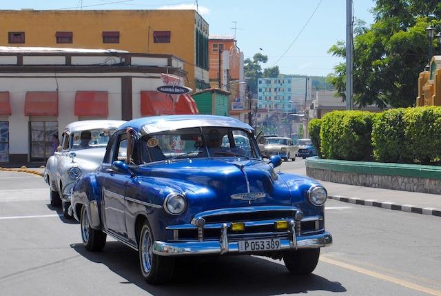 Photo Lisa Larsen de Pixabay centre de Santiago de Cuba photo à retrouver sur le site https://yoytourdumonde.fr