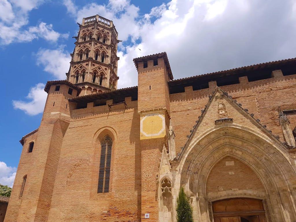 Cathédrale Sainte Marie de Rieux-Volvestre en Haute Garonne en France photo blog voyage tour du monde https://yoytourdumonde.fr